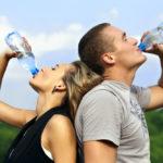 Quanto de água devo beber por dia?